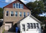 Foreclosed Home en MAPLE ST, Meriden, CT - 06451