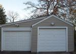 Foreclosed Home en LAUREL HTS, Meriden, CT - 06451