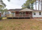 Foreclosed Home en ORLEANS DR, Portsmouth, VA - 23703