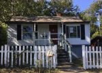 Foreclosed Home en W EMERALD AVE, Knoxville, TN - 37921