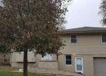 Foreclosed Home en PARK LANE DR, Omaha, NE - 68104