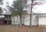 Foreclosed Home en IOWA COLONY RD, Hollister, MO - 65672