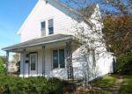 Foreclosed Home en N 9TH ST, Gladstone, MI - 49837