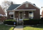 Foreclosed Home en COUZENS AVE, Eastpointe, MI - 48021