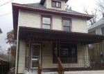 Foreclosed Home en E MOUNT HOPE AVE, Lansing, MI - 48910