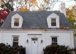Foreclosed Home en LOCUST DR, Gwynn Oak, MD - 21207