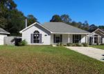 Foreclosed Home en BERRY TODD RD, Lacombe, LA - 70445
