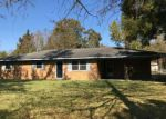 Foreclosed Home en DAISY LN, Ville Platte, LA - 70586