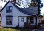 Foreclosed Home en N 17TH ST, Marshalltown, IA - 50158