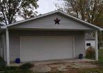 Foreclosed Home en W MARTINDALE ST, Kennard, IN - 47351