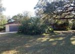 Foreclosed Home en LISA DARE DR, Leesburg, FL - 34748