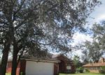 Foreclosed Home en TAMMY COVE LN, Jacksonville, FL - 32218