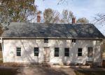 Foreclosed Home en PLEASANT ST, Plainfield, CT - 06374