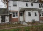 Foreclosed Home en WOODLAWN CIR, East Hartford, CT - 06108