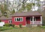 Foreclosed Home en VALLEY RD, Clinton, CT - 06413