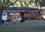 Foreclosed Home en DUNCAN AVE, Killen, AL - 35645