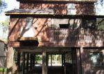 Foreclosed Home en PHOENIX AVE, Oldsmar, FL - 34677