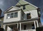 Foreclosed Home en BARKER ST, Hartford, CT - 06114