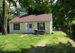 Foreclosed Home en PERSHING AVE, Wood River, IL - 62095