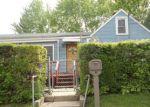 Foreclosed Home en E CLARENDON DR, Round Lake, IL - 60073