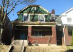 Foreclosed Home en ROCHELLE ST, Pittsburgh, PA - 15210