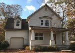 Foreclosed Home en RIECK AVE, Millville, NJ - 08332