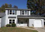 Foreclosed Home en CHERRY CIR, Blackwood, NJ - 08012