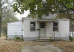 Foreclosed Home en GRANT AVE, Clay Center, KS - 67432