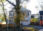 Foreclosed Home en LORAIN AVE, Silver Spring, MD - 20901