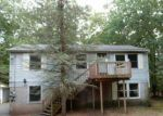 Foreclosed Home en CRESTVIEW CT, Hawley, PA - 18428