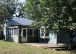 Foreclosed Home en PARK ST, Christiansburg, VA - 24073