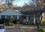 Foreclosed Home en WESTWOOD DR, Fredericksburg, VA - 22405
