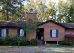 Foreclosed Home en N GLEBE RD, Montross, VA - 22520