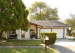 Foreclosed Home en GNARLED OAK TRL, San Antonio, TX - 78233