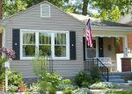 Foreclosed Home en GREENBRIER AVE, White Sulphur Springs, WV - 24986