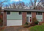 Foreclosed Home en HIGHLAND DR, Huntington, WV - 25705