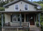 Foreclosed Home en ROBINSON ST, Silver Creek, NY - 14136