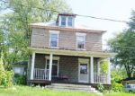 Foreclosed Home en HENRY ST, Silver Creek, NY - 14136