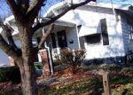 Foreclosed Home en E JOHNS AVE, Decatur, IL - 62521