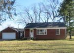 Foreclosed Home en S COUNTY ROAD 1050 E, Indianapolis, IN - 46231