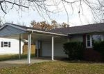 Foreclosed Home en CRYSTAL RD, West Frankfort, IL - 62896