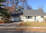 Foreclosed Home en JUDSON AVE, Bristol, CT - 06010