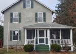 Foreclosed Home en RAILROAD ST, Canaan, CT - 06018