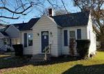 Foreclosed Home en 19TH AVE, Moline, IL - 61265