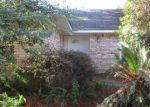Foreclosed Home en KATHERINE AVE, Baton Rouge, LA - 70815