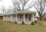 Foreclosed Home en N GOLDEN AVE, Springfield, MO - 65802