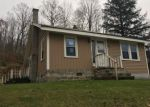 Foreclosed Home en S STREAM RD, Bennington, VT - 05201