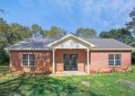 Foreclosed Home en JONES AVE, Wiggins, MS - 39577