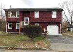 Foreclosed Home en MCKNIGHT AVE, Monroe Township, NJ - 08831