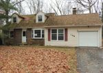 Foreclosed Home en KIRKCALDY DR, Elkton, MD - 21921
